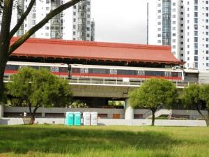 lihat atap stasiun MRT ini, bergaya chinese,, cocok sekali dengan namanya