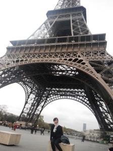ini diaaaa kolong si menara :P