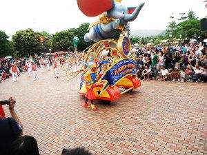 si gajah terbang