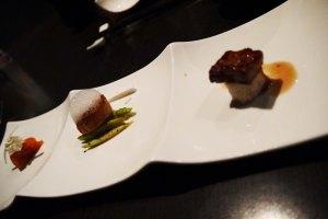 starter nya ini bukan pilihan kita,,tapi chef's selection,, ada salmon, ada foie gras, ada duck.. dan semuanyaaa enaaaakkk