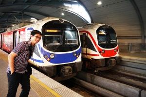 ini kepalanya city line (yang biru) sm expressline (yang merah)