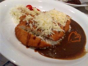Cheese Chicken Katsu Curry (S$ 14),,chickennya juga sama lembuuutt,, kejunya banyaaaakk