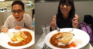 daan ini adalah Sea Monster Curry (ukurannya lebihh gede dari dua curry diatas,, ini buat dimakan berdua),,isinya fried fish, fried scallop, tempura dan fried shrimp,, S$24,, keliatan kan sangking gedenya,,hampir satu meja ketutup sama piring :P
