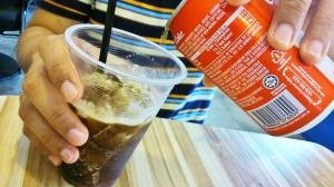 Kalo suami pesenya combo A (drink + ice cream) S3.30. drinknya dia pilih coke
